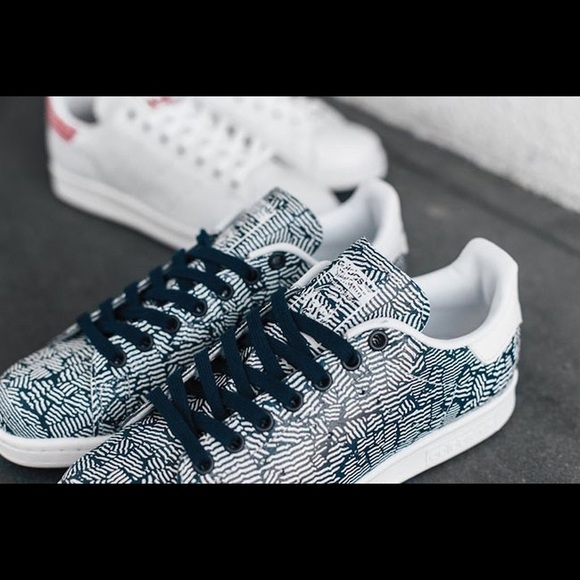 watch d4a11 62d0d adidas Shoes -  Adidas   Stan Smith  Crackled Original Trainers